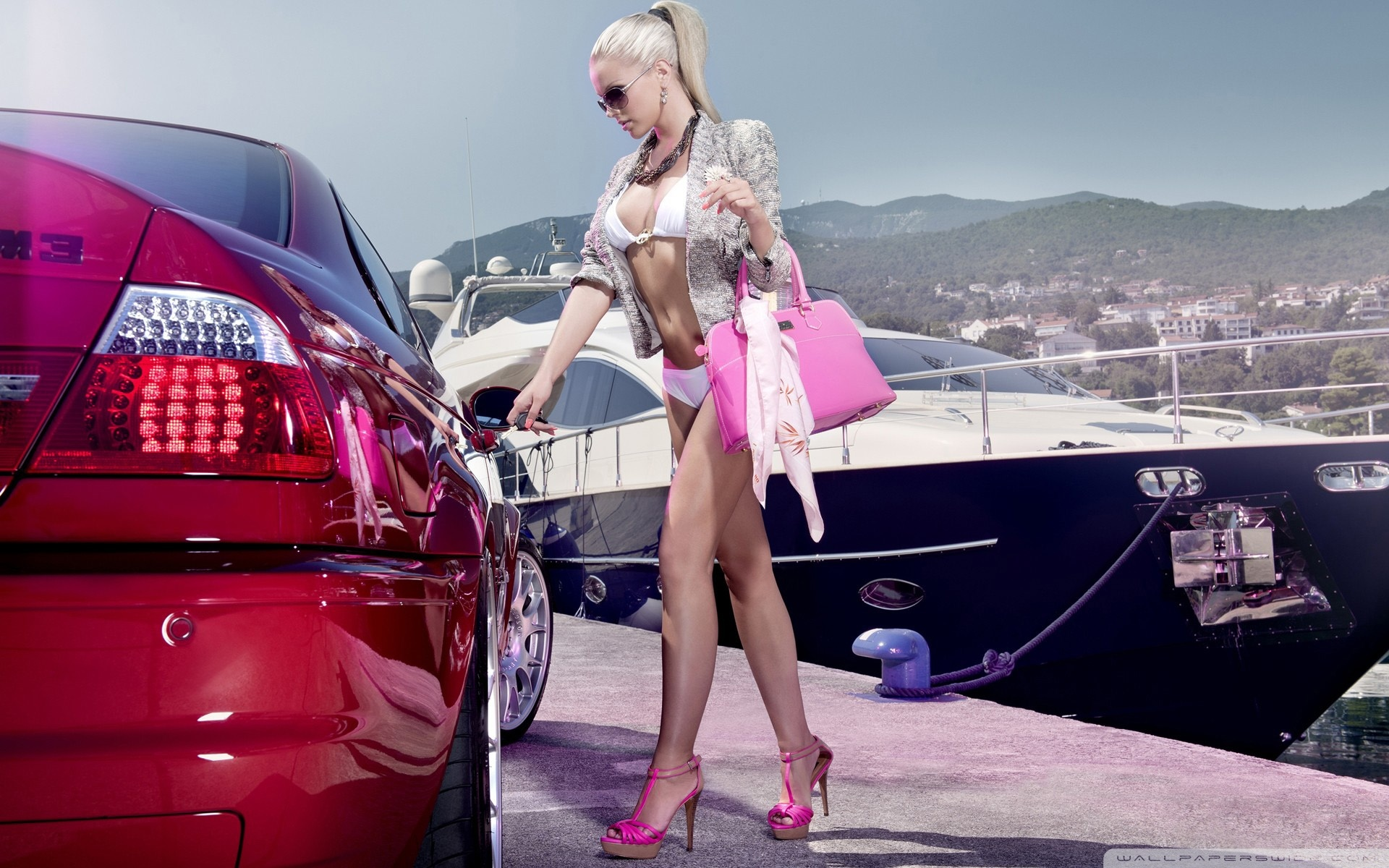 Next to a new car young Euro babe Natalia Starr displays her fine body № 561088 без смс